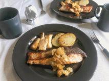 減塩レシピ 秋鮭のムニエル アーモンドバターソース添え